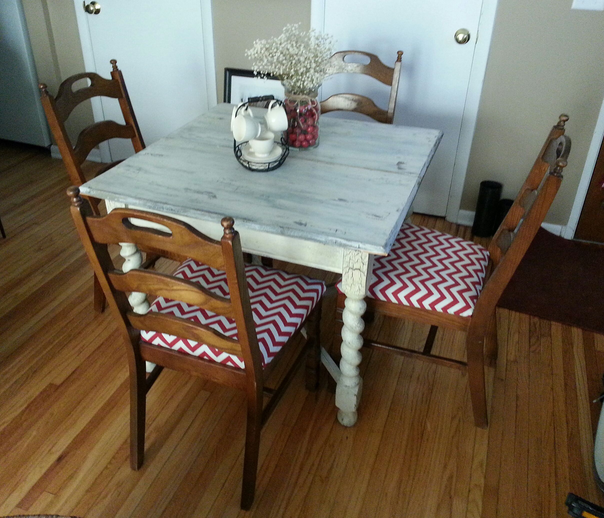 SOLD! $190 Adorable Rustic Shabby Chic kitchen dining set. Strong ...