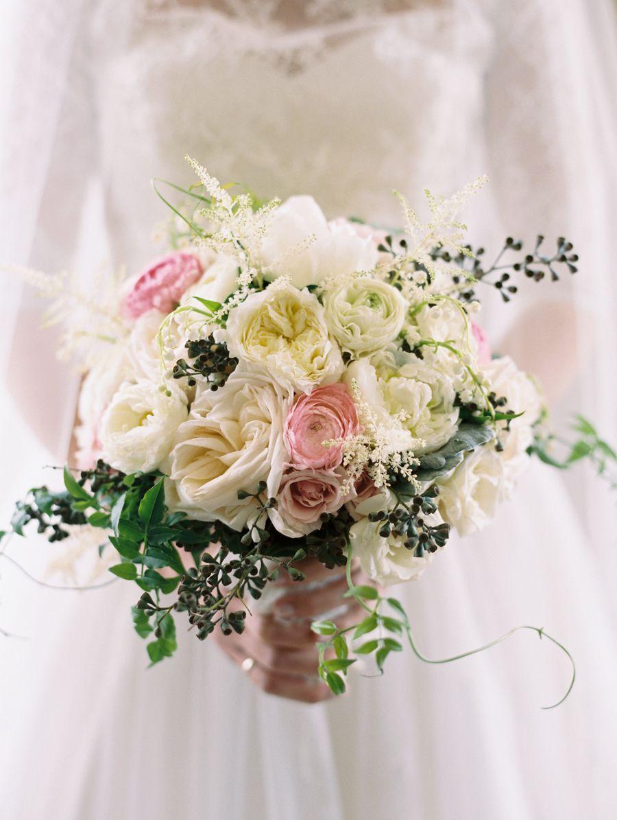 Photography : Abby Jiu Photography Read More on SMP: http://www.stylemepretty.com/little-black-book-blog/2015/08/10/classic-romantic-washington-d-c-spring-wedding/