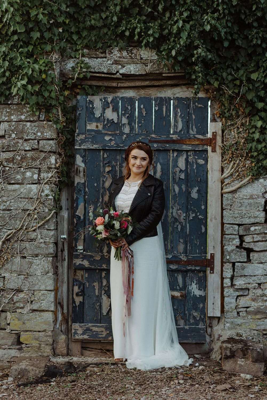 Warm Celestial Botanical Boho Wedding Wedding Wedding Dress Styles Bride Bridal [ 1498 x 1001 Pixel ]