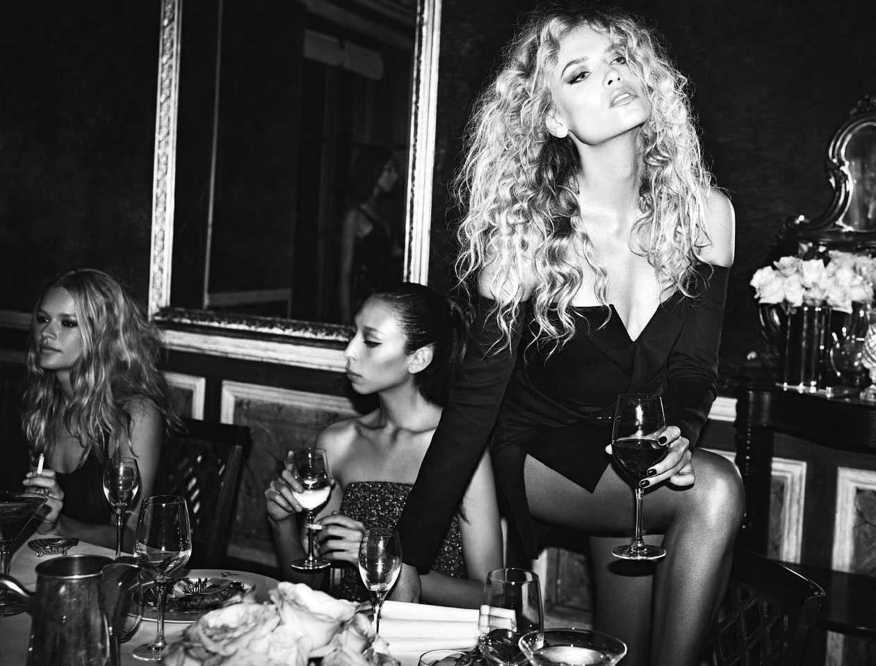 Hot Vogue Italia December 2017 nudes (84 photos), Ass, Cleavage, Boobs, cameltoe 2017