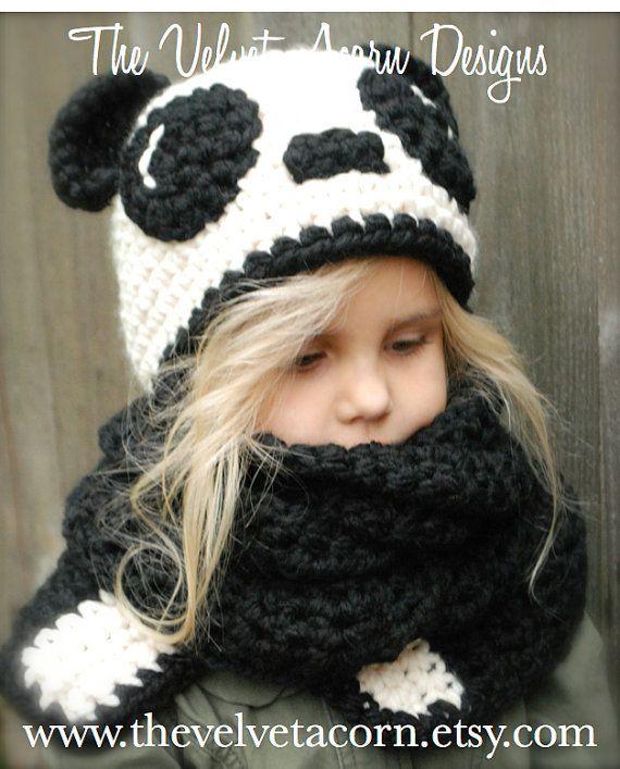 Crochet PATTERN-The Paige Panda Hat/Scarf por Thevelvetacorn ...