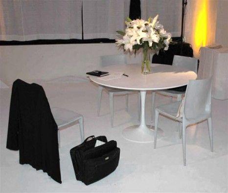 Saarinen Medium Dining Table  Greenroom  Eve & Max Rentals New Laminate Dining Room Tables Inspiration