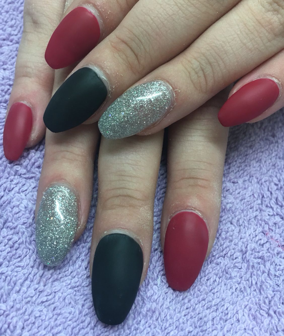 Black And Red Matte With Silver Acrylic Nails Coffin Shape Glitter