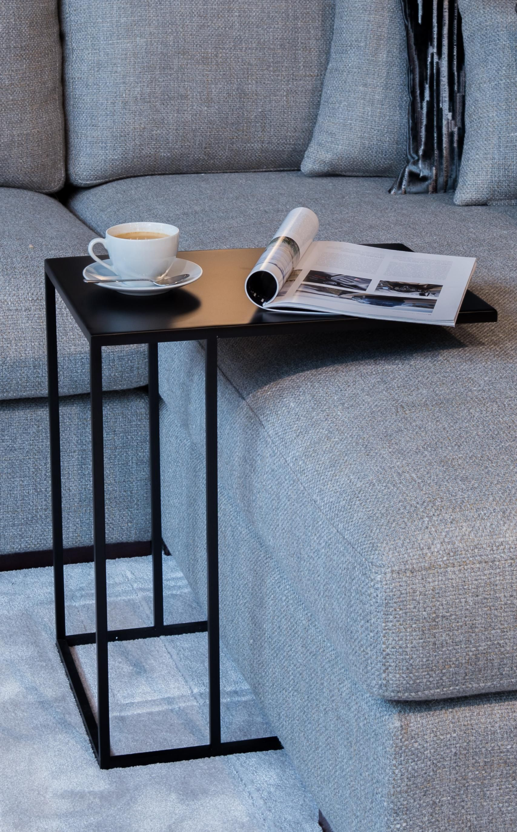 Enjoy Every Minute In Your Sofa And Relax Side Table Vanger S Got You Covered Atmooz Black Side Table Living Room Living Room Side Table Black Side Table