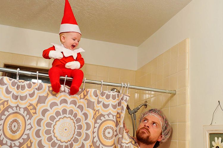 Hilarious dad turns baby into a real life Elf on the Shelf #elfontheshelfarrival