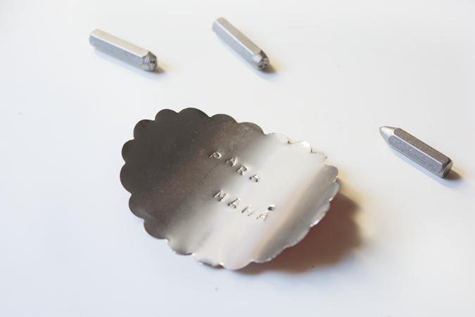 milowcostblog: diy: etiquetas metálicas