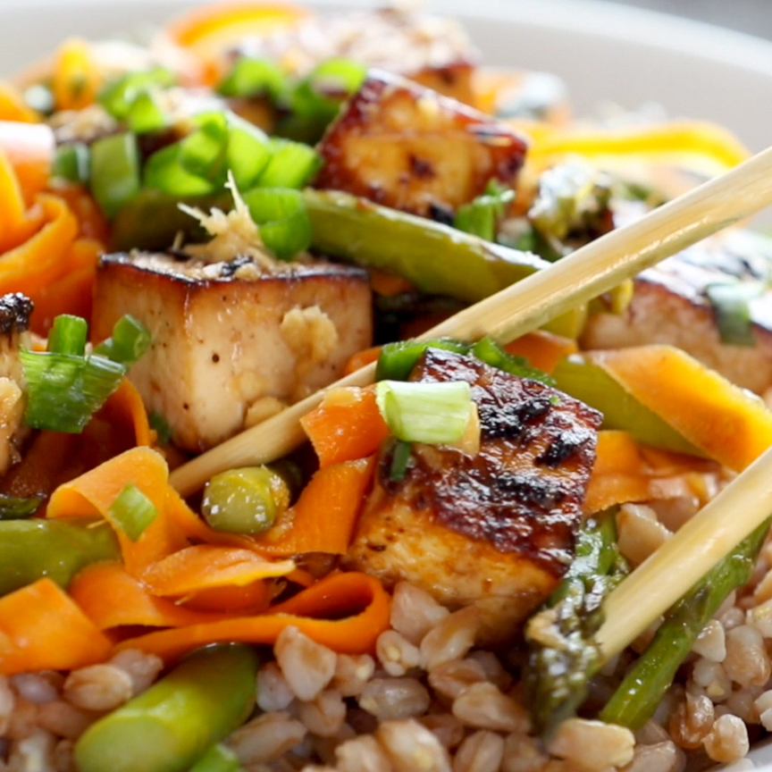 Honey Ginger Tofu and Veggie Stir Fry - Pinch of Y
