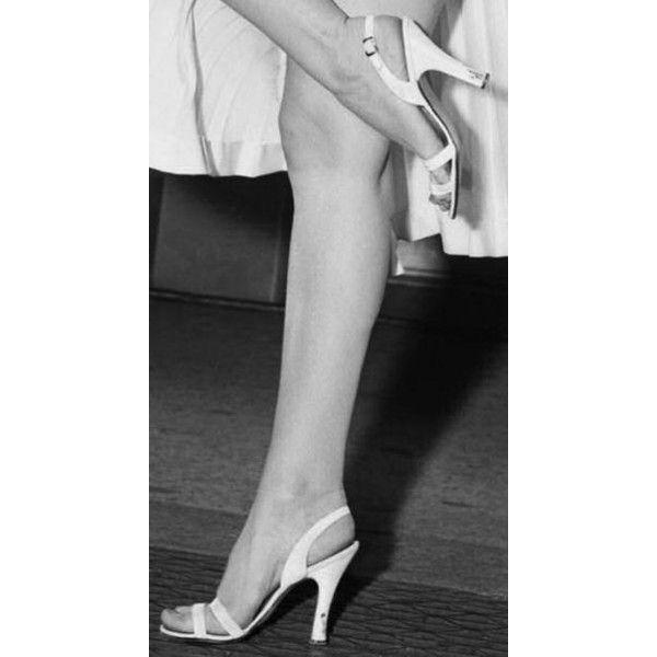 Salvatore Ferragamo-Shoes-Marilyn Monroe