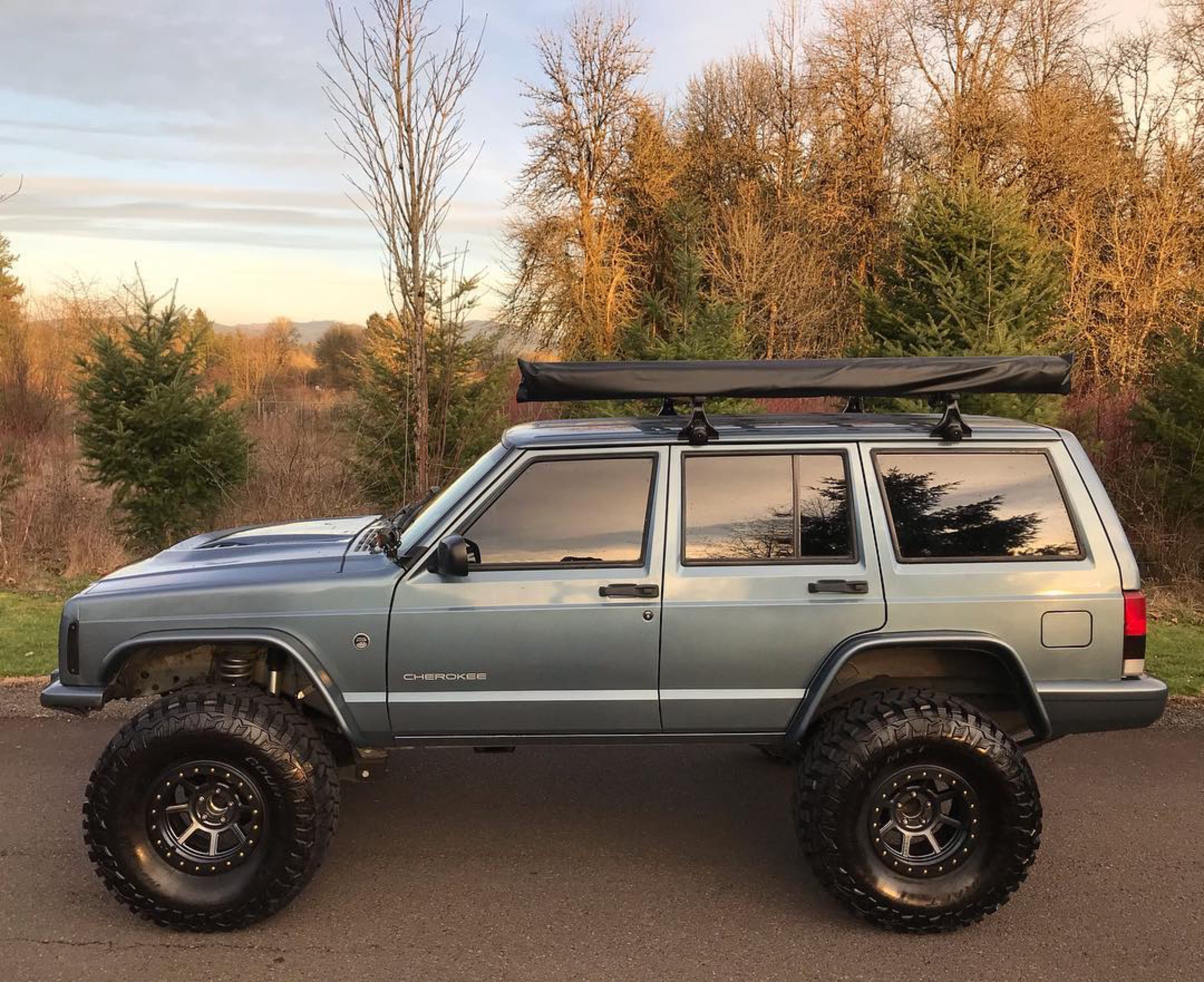 Jeep Cherokee Xj With Flat Style Fender Flares Jeep Cherokee Xj