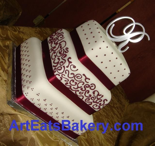 red and white wedding cakes with ribbon 507 Three tier square