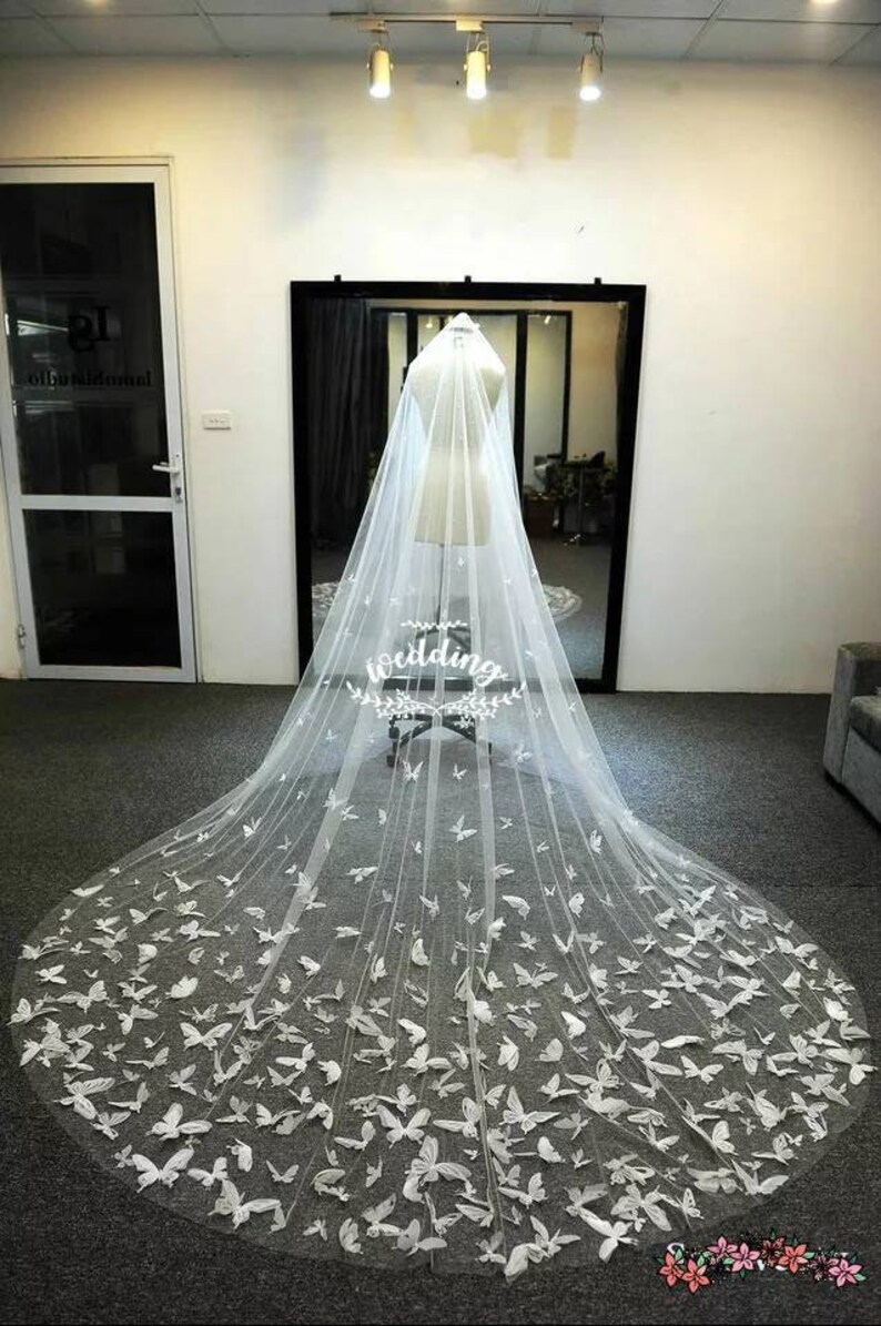 Catherdral Wedding Veil Butterfly Design In White Bridal Veil Etsy Butterfly Wedding Dress Floral Veil Butterfly Wedding [ 1195 x 794 Pixel ]