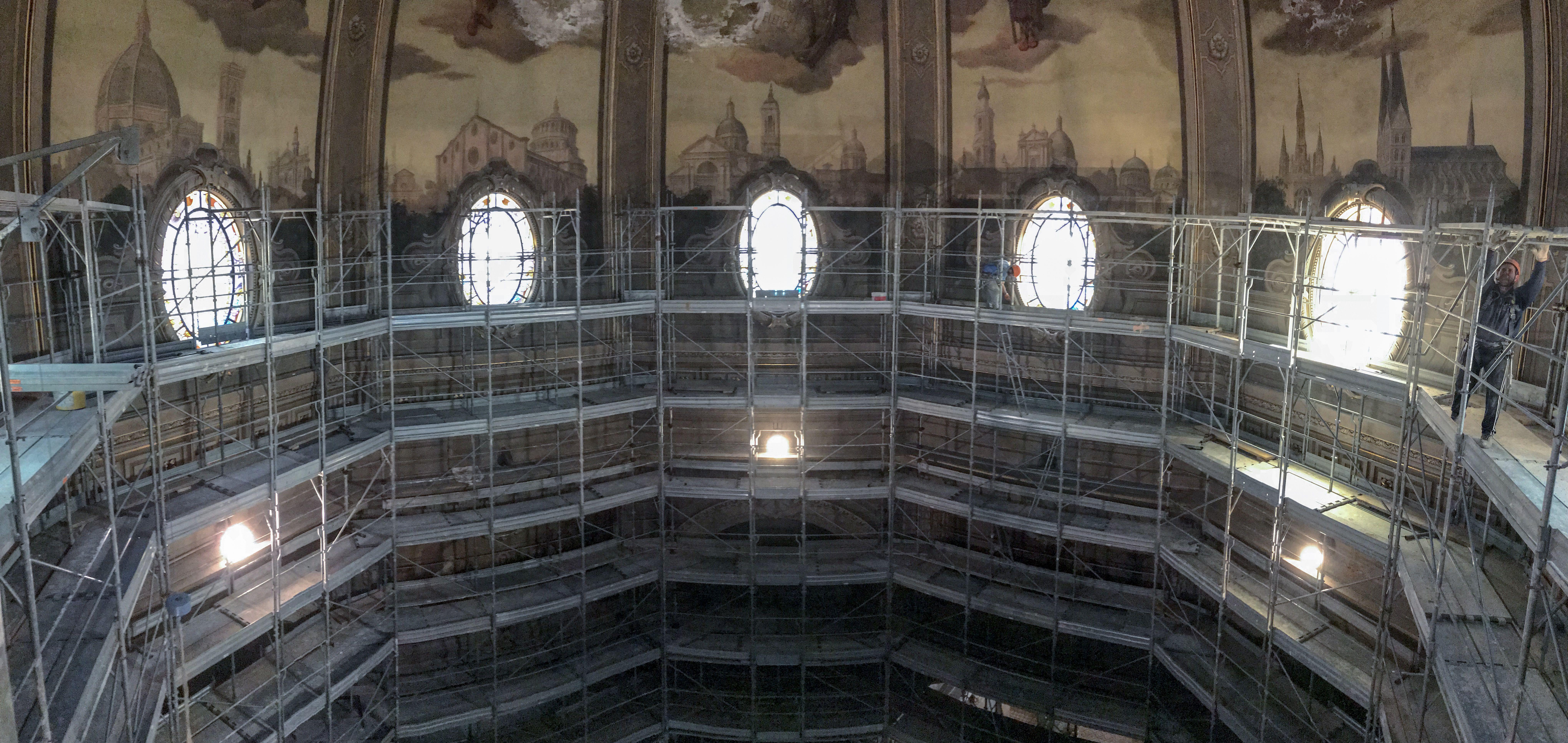 Forma E Colori Treviglio struttura in cavalletti prefabbricati per i lavori di