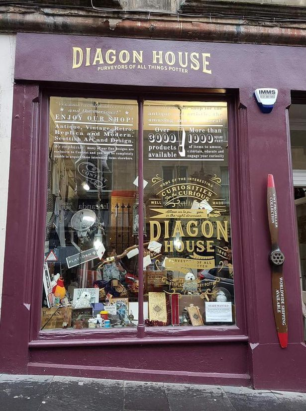 There Are Two New Harry Potter Shops In Edinburgh And They Re Pure Magic Harry Potter Shop Edinburgh Harry Potter Easy Magic Tricks