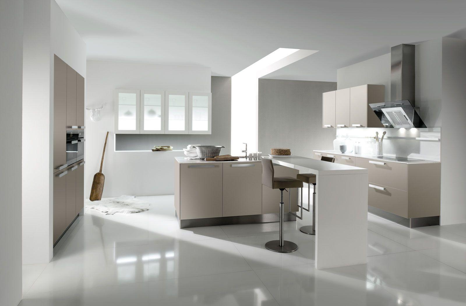 Küche Mit Schräge Dachschräge ...