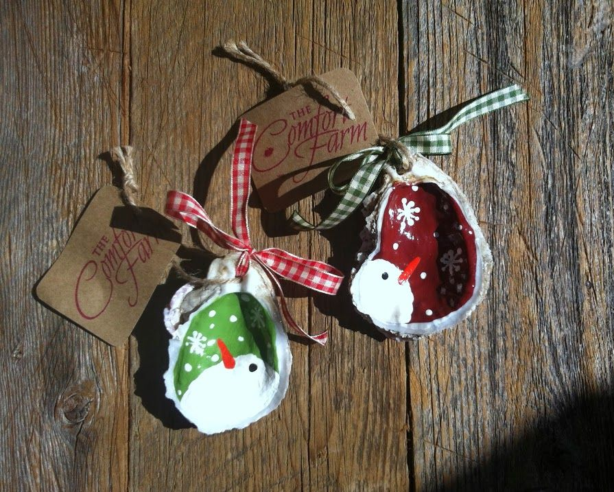 Hand painted oyster shell snowman ornament christmas for Seashell ornaments diy