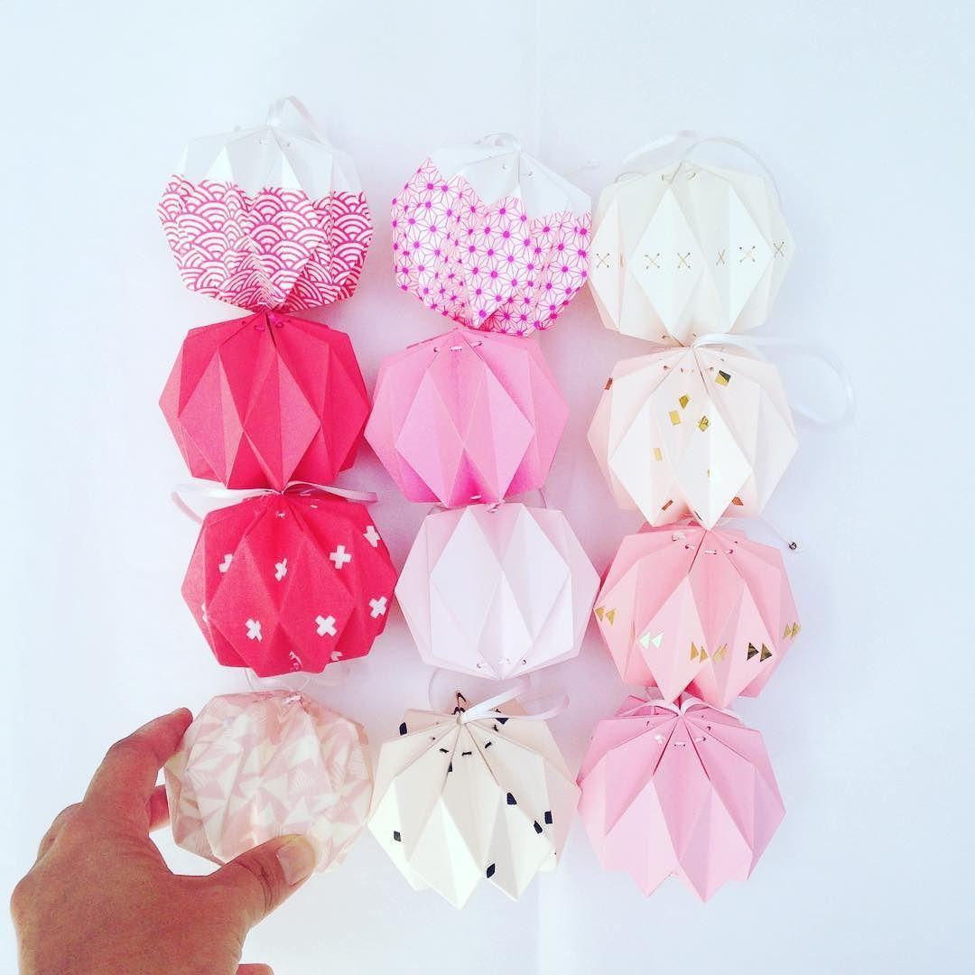 #papier #paper #rose #pink #color #couleur #origami #craft #design #lampions #creative #deco #decoration #madeinfrance #faitmain #handcraft #DIY #ccfaitdessiennes by ccfaitdessiennes