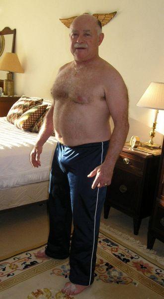 Chubby gay male porn