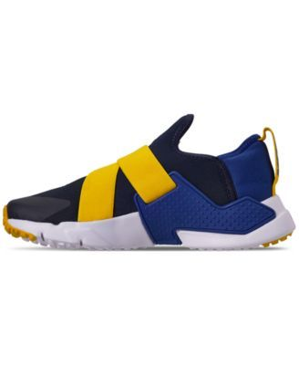 2b667f81a4 Nike Boys' Huarache Extreme Running Sneakers from Finish Line - Blue 3.5