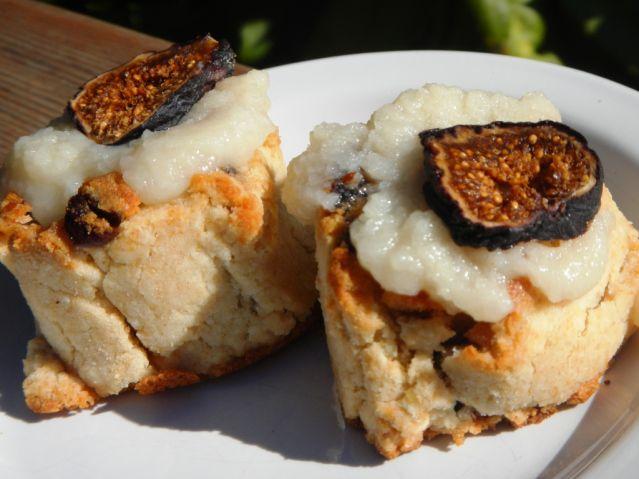 Vegan Paleo Cinnamon Rolls