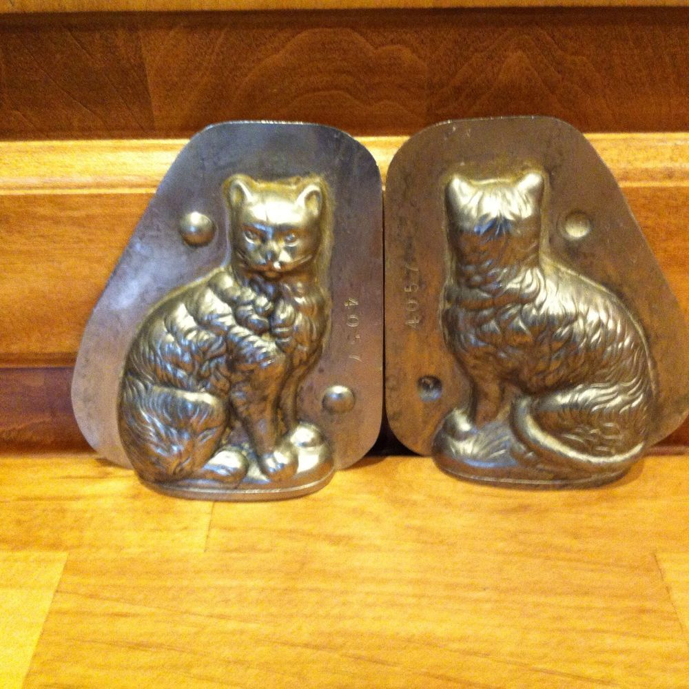 Vintage metal cat chocolate soap candy mold old molds iii