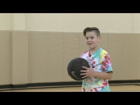 THROUGH BIG BROTHERS BIG SISTERS, HE HOPES TO ADD AN IMPORTANT MEMBER TO HIS OWN CHILDHOOD DREAM TEAM >> IT IS THE BLIND BASKETBALL TEST  WHAT DO YOU THINK OF IT? >> IT'S PRETTY GOOD KATH AFTER JOSIAH GOT A SENSE FOR THE VERY BEST BALL IN THE BATCH, WE GOT DOWN TO BUSINESS AT...