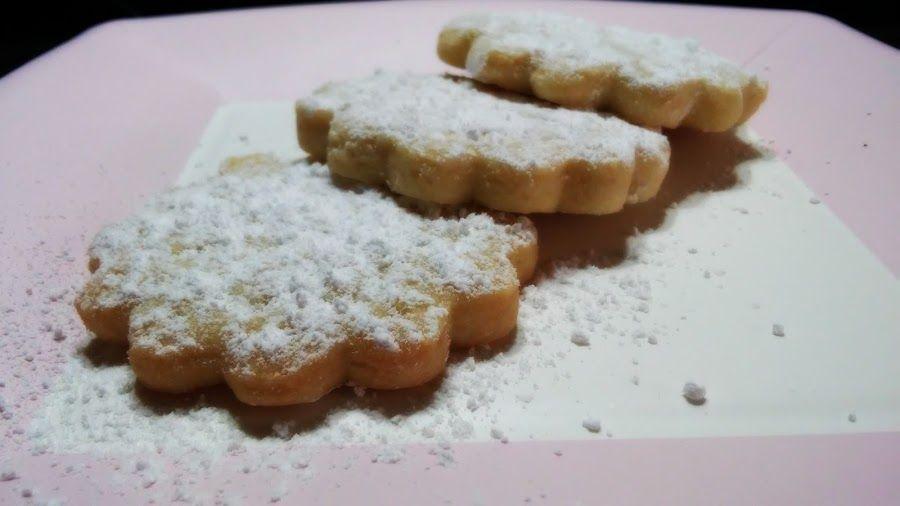 Galletas de mantequilla con azúcar glass