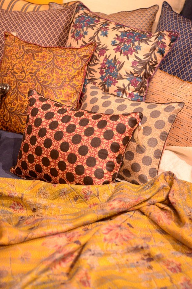 coussins japonais le monde sauvage coussins pinterest monde sauvage sauvages et. Black Bedroom Furniture Sets. Home Design Ideas