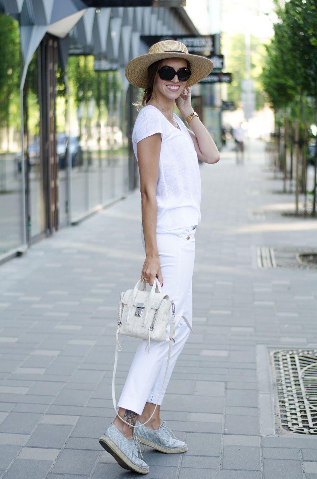 kristjaana mere 3.1 phillip lim mini pashli milk bag outfit