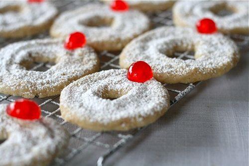 Hazelnut Shortbread Wreath Cookies by laurenslatest, via Flickr