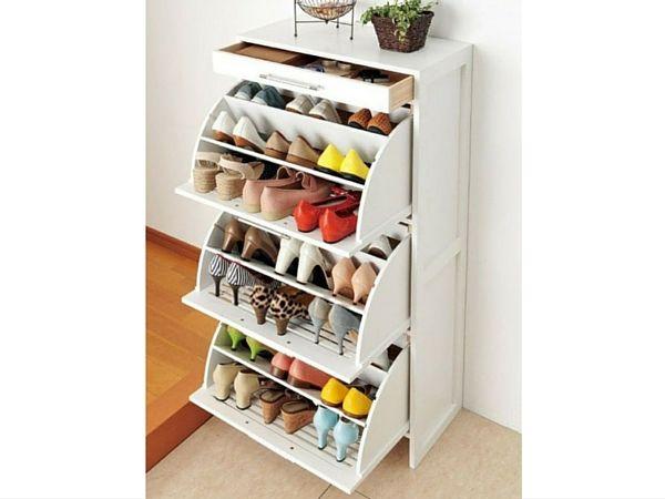 un meuble chaussure pratique et qui ne prend pas trop de place grce des soufflets rabattables pratique pour organiser souliers plats ou talons
