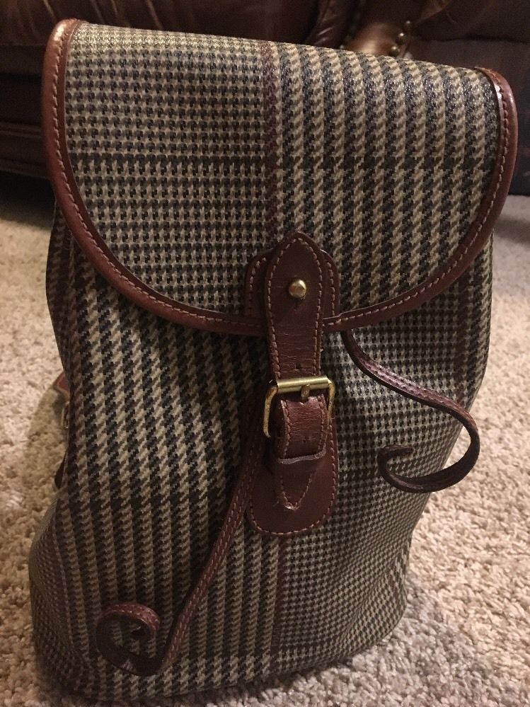 Polo Ralph Lauren Vintage Brown Houndstooth Coated Canvas Leather Sling  Backpack   Clothing, Shoes   Accessories, Women s Handbags   Bags, Handbags    Purses ... 1c58a0a7551