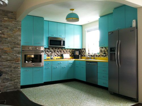 Ann recreates the look of vintage metal kitchen cabinets ...