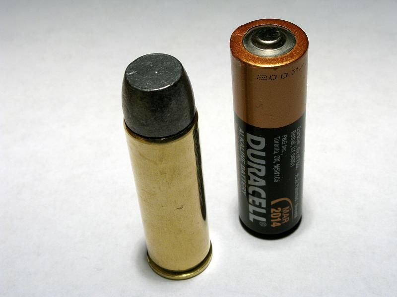 Smith Wesson 500 Ammo Compared To Aa Battery Photo Credit Aa7jc Reloading Ammo Wesson Smith Wesson