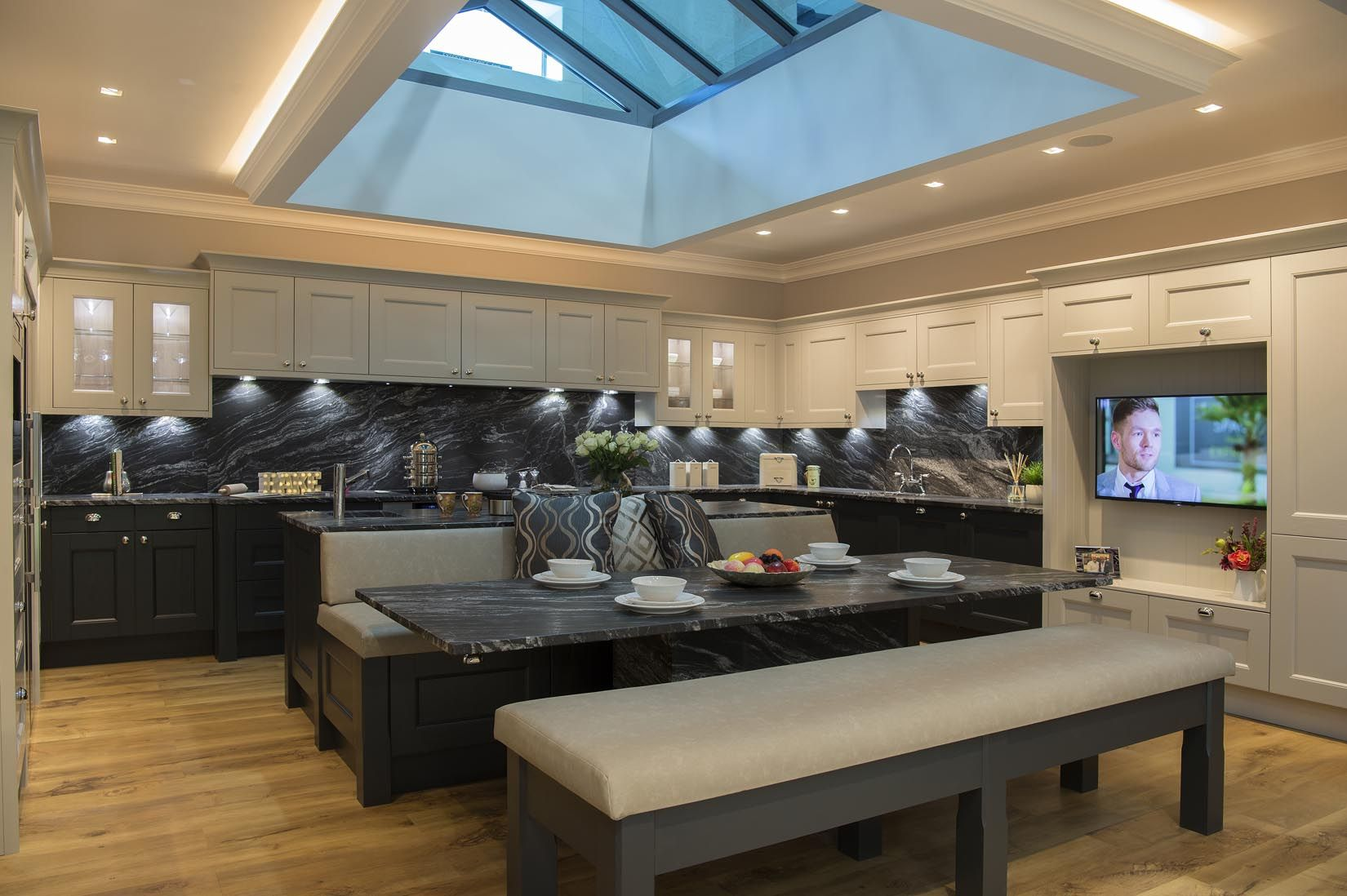 The Home Space Shaker style kitchens, Kitchen interior