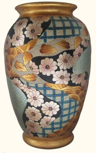 Chinese Porcelain Tong Chi Imari Vase In Art Deco Style Pinterest