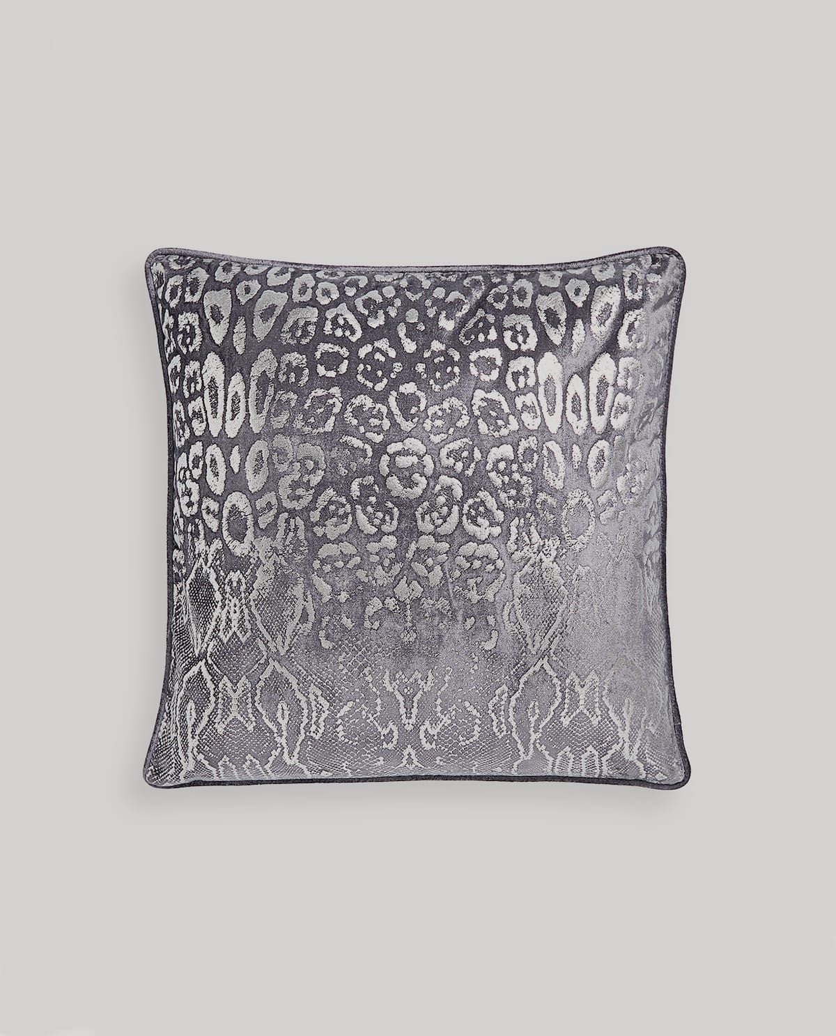 Image 0 Of The Product 1 Animal Print Throw Pillow Cover
