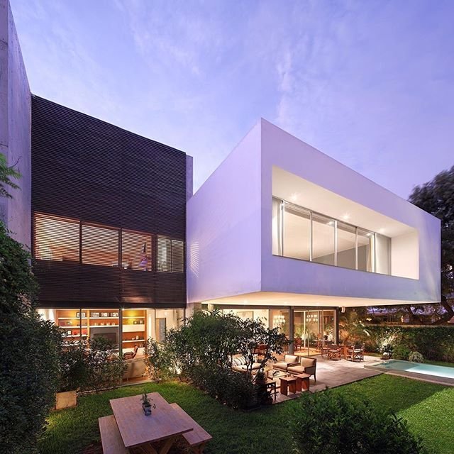 Crisp contemporary design in lima designed by jaime ortiz de zevallos