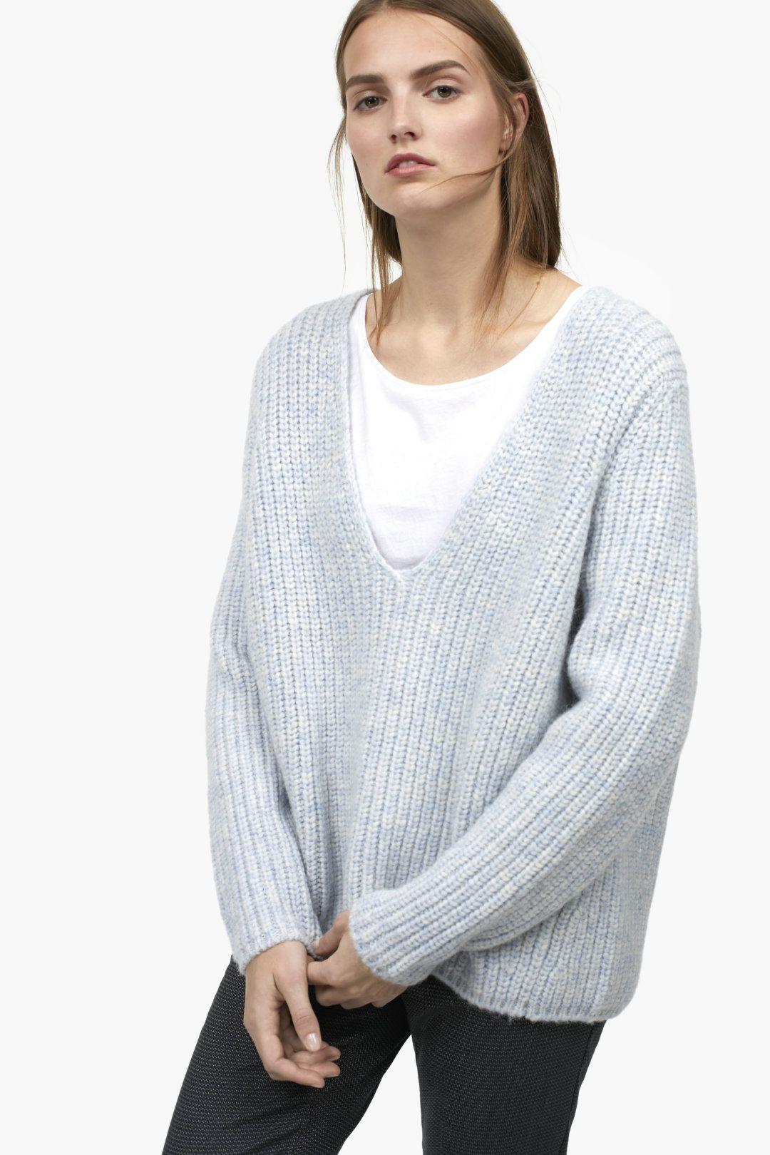 ab972eb06cb5 Royal Baby Alpaca Mix V-Sweater