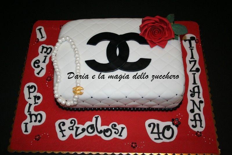 chanel cake  Torta Chanel  #palermoaccomodation  #citycentreb  www.piccolasicilia.it