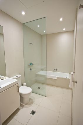 narrow wet room. Except for the tub, this is close to what we are discussing.