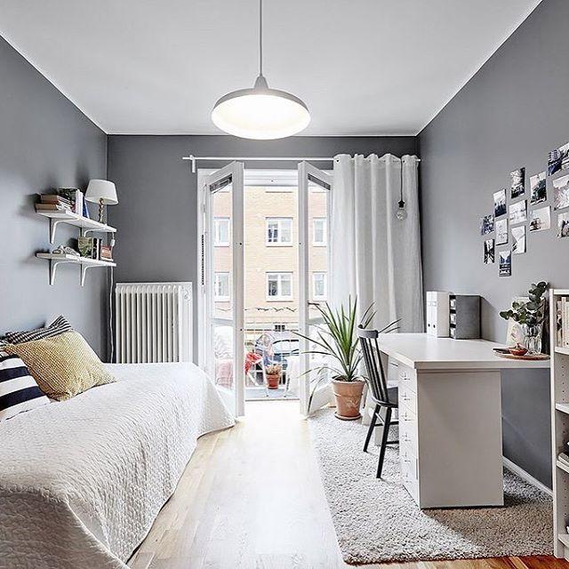 Una casa sencilla en el exterior y gran dise o de for Dormitorio juvenil estilo nordico
