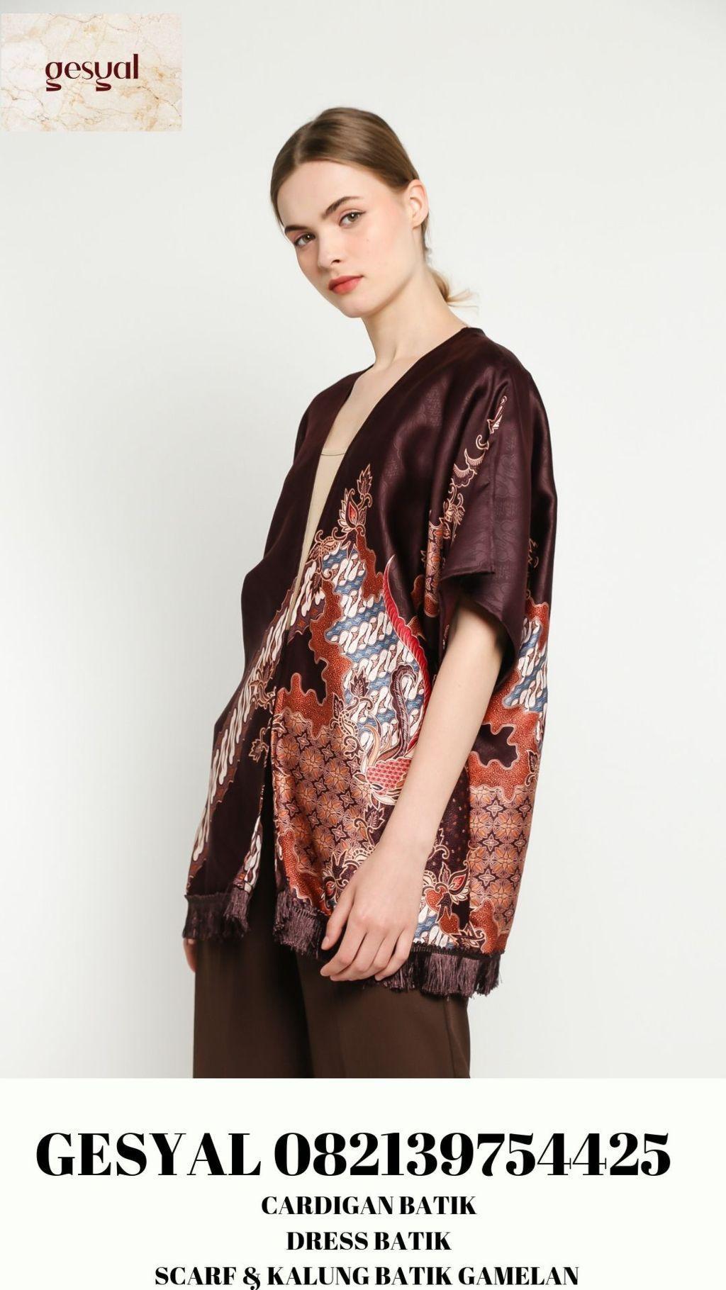 Baju Batik Wanita Surabaya Baju Batik Wanita Surakarta