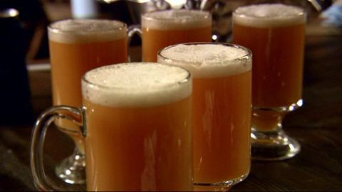 butter beer recipe--simple (nonalcoholic)! perfect for a Harry Potter movie marathon