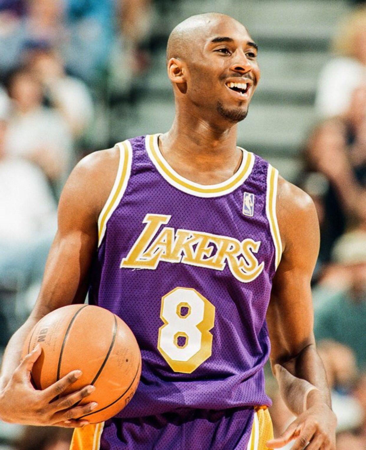 bd7887315 Kobe Bryant Young Kobe Bryant