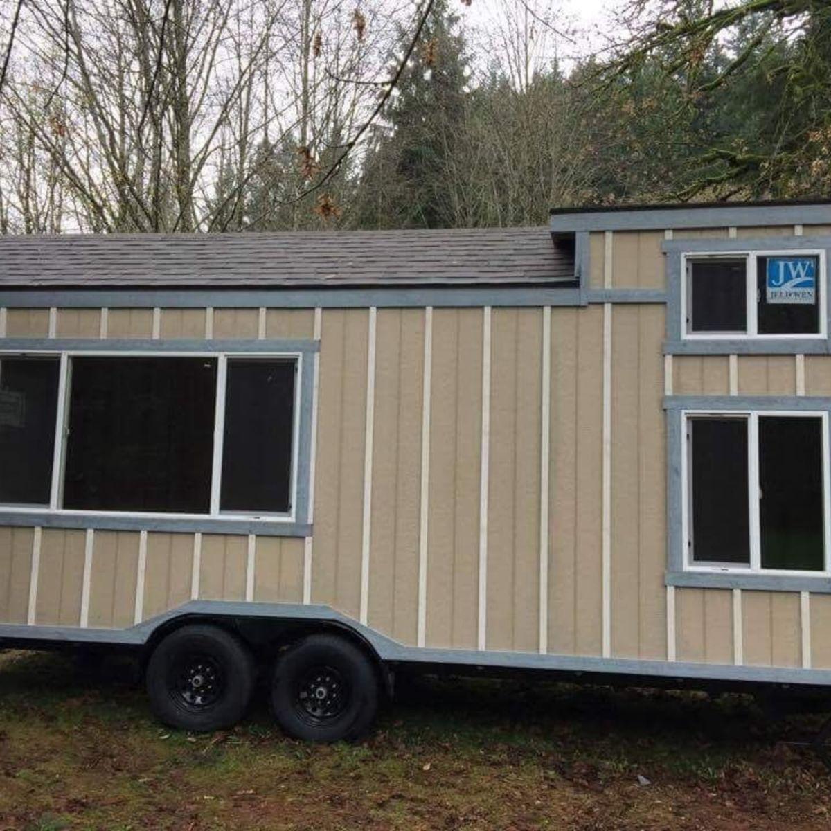 Gabe Thomas Tiny House for Sale in Sandy, Oregon Tiny