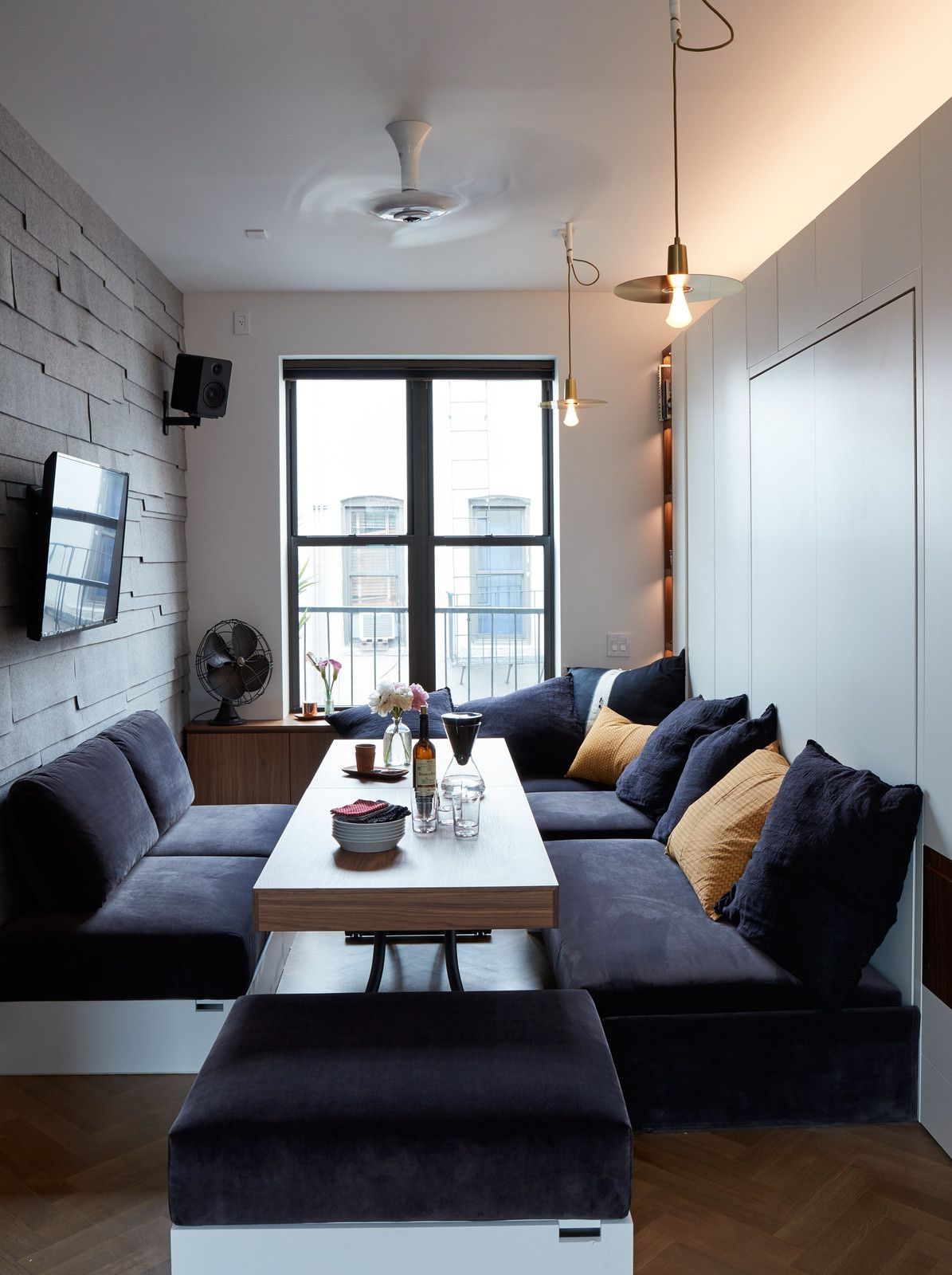 Best Small Space Living In A Soho Apartment Small Living 640 x 480