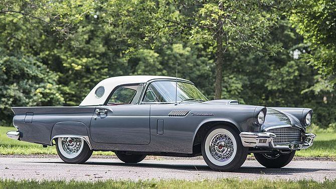 1957 Ford Thunderbird -