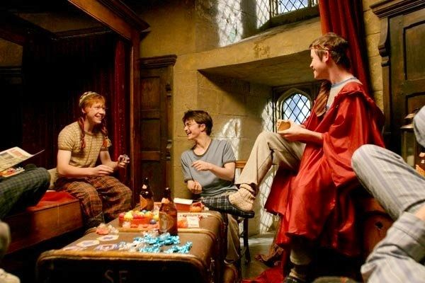Gryffindor Boys& Dormitory Harry Potter: 13 Great Movie Moments That Weren't In The Books