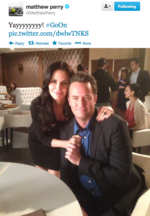 Go On is back tonight AND Matthew Perry just tweeted this photo of himself with Courteney Cox. Could today BE any greater?