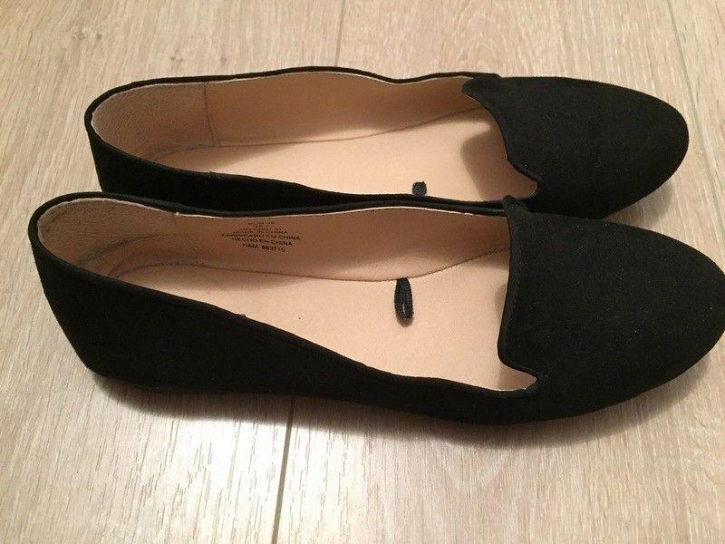7869a7f8efc Slippers  mocassins H M noir 38 de marque H M. Taille 38   UK 5